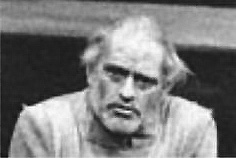 Harry Andrews as Lear